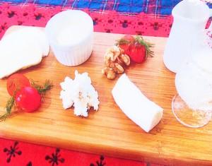 自家製チーズの盛り合わせ2